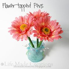 Flower-topped Pens - Got these as a gift one year and they were so cute... want to do this for Matthew's teachers!