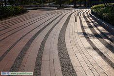 25款 · 超高颜值景观铺装基质纹理_工程与施工_园林吧 Landscape Elements, Urban Landscape, Landscape Architecture, Landscape Design, Architecture Design, Paver Patterns, Paving Pattern, Pavement Design, Paving Design
