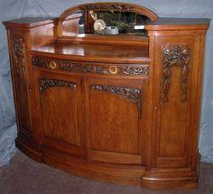 Art Nouveau / Art Deco Sideboard In Tiger Oak