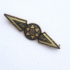 Antique Brooch Damascene Bar Brooch Geometric Black Gold Brooch with... ($35) ❤ liked on Polyvore featuring jewelry, brooches, gold brooch, antique jewellery, vintage pins brooches, pin brooch and vintage broach