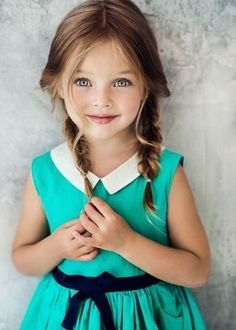 20 Beautiful Easy and Cute Hairstyles for Little Girls - coiffures petite fille - Little Girl Braid Hairstyles, Little Girl Braids, Girls Braids, Braided Hairstyles, Nice Hairstyles, Hairstyle Photos, Teenage Hairstyles, So Cute Baby, Cute Little Girls