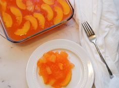 Peaches 'N' Pineapple Jell-O – A Minty Monday