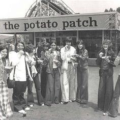 Enjoying the finest in amusement park food, Potato Patch fries, while decked out in the finest garb of the 1970s. #tbt #throwbackthursday #PotatoPatch #Kennywood #Pittsburgh #lovePGH #70sstyle #70sfashion