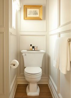 The wainscoting makes a difference in this small bathroom. - The wainscoting makes a difference in this small bathroom. The wainscoting makes a difference in this small bathroom. Bathroom Layout, Bathroom Interior Design, Bathroom Ideas, Bathroom Organization, Restroom Ideas, Bath Ideas, Interior Livingroom, Interior Modern, Tile Layout