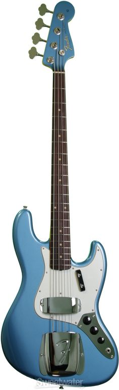 Fender Jazz Bass in Lake Placid Blue