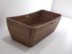 vasca da bagno interamente in teak #itesoricoloniali #bagno #bathroom #teak #reggioemilia #arredamenti #homestaging #legno #idistudio