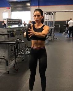 """14.6k Likes, 216 Comments - Alexia Clark (@alexia_clark) on Instagram: """"Upper Body Plate Workout 1. 12 reps each 2. 10 reps each 3. 15 reps each 4. 12 reps each 3-5…"""""""