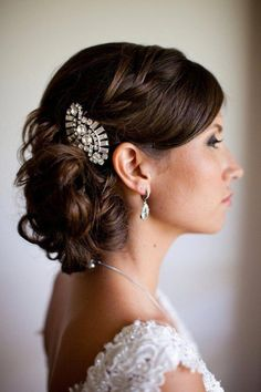 0a55b71e77 These Stunning Wedding Hairstyles Are Pure Perfection - MODwedding   stunningweddinghairstyles