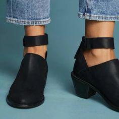 7ca35306518 Women Plus Size Chunky Heel Booties Daily Zipper Boots – Mollyca Chunky  Heels