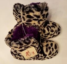 NEW! Get Cozy | Leopard Print Slippers | Size 7-8