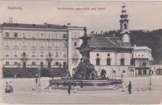 Salzburg Residenzplatz mit Residenzbrunnen gegen ehemaliges Hotel goldenes Schiff Grey Wallpaper Iphone, Salzburg Austria, Louvre, Travel, Vintage, Historical Pictures, Voyage, Viajes, Traveling
