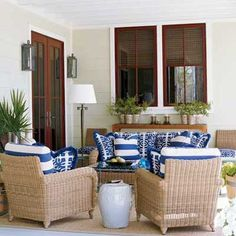 Google Image Result for http://img4.southernaccents.com/i/2008/06/outdoor-blue-white-l.jpg%3F400:400