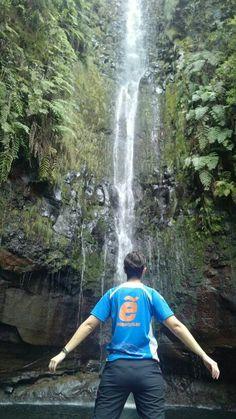 #Madeira Nuestos amigos Iria y Rober hablan maravillas de esta isla. Naturaleza salvaje y preciosa!!