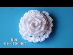Crochet Flowers Easy DIY - Lindisima flor facilisima de crochet DIY - Beautiful and easy croc. Crochet Puff Flower, Crochet Flower Tutorial, Crochet Flowers, Crochet Diy, Irish Crochet, Crochet Edging Patterns, Crochet Pillow Pattern, Crochet Videos, Creations