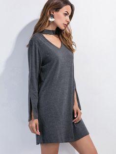 тёмно-серое платье с разрезом рукава