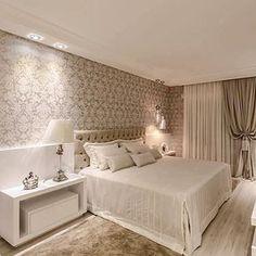 Boa noite!!✨ A elegância dos tons neutros.... By @adrianapivaarq #arquitetura #archdecor #archdaily #archdesign #archlovers #arquiteturadeinteriores #revestimento #home #homedecor #homestyle #homedesign #decor #interiores #instahome #instadecor #bedroom #instadesign #interiordesign #suitecasal #luxo #quartodecasal #design #luxury #decoration #produção #decoreseuestilo #designdeinteriores #decorhome #decordesign #decorlovers