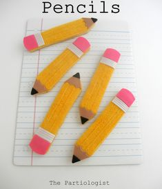 Pencil Cookies!  Pencil Cookies! Pencil cookies for back to school!  #featured-cakes #leannew #cakecentral