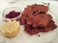 Best Schnitzel in town #KukWeinhäuschen #Bonn #Bonngehtessen