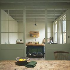 The World of Interiors Magazine November 2016 Stuart Shave's London home. Photographed by Jan Baldwin. Kitchen Interior, New Kitchen, Kitchen Decor, Kitchen Design, Industrial Style Kitchen, Vintage Industrial, Interior Architecture, Interior Design, Interiors Magazine
