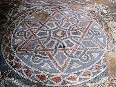 Mozaiek in de kerkvloer van het klooster van Euthymius, Westelijke Jordaanoever, 8e eeuw.