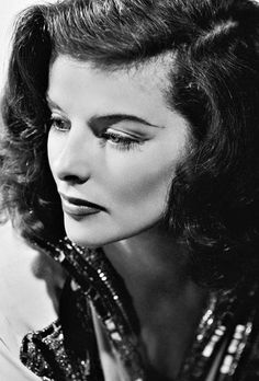 Katharine Hepburn Old Hollywood Glamour, Golden Age Of Hollywood, Vintage Hollywood, Hollywood Stars, Hollywood Cinema, Hollywood Divas, Hollywood Icons, Katharine Hepburn, The Philadelphia Story