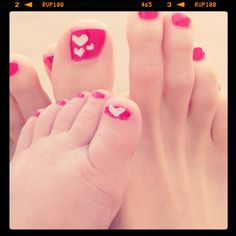 Heart pedicures We'll try something like this next summer! Such a cute idea!