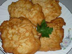 Reteta culinara Snitele de pui din categoria Aperitive / Garnituri. Cum sa faci Snitele de pui Romanian Food, Carne, Food And Drink, Chicken, Recipes, Foods, Traditional, Drinks, Meals