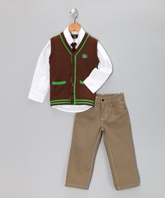 Stealing the spotlight has never been easier than with this smart Ivy League outfit that's made from a cotton blend. So, while kids are busy looking clever, they'll be as cozy as if they were wearing their favorite tee and jeans.
