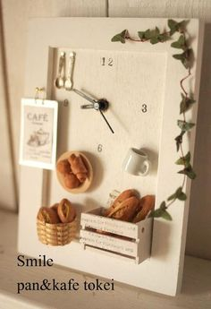 Discover thousands of images about Miniature Bakery Clock Cute Crafts, Diy And Crafts, Crafts For Kids, Miniature Kitchen, Miniature Crafts, Clay Miniatures, Dollhouse Miniatures, Dolls House Shop, Vitrine Miniature