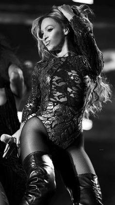 Beyonce Wow Damm Gorgeous Hot Yummy in sexy Black Bodysuit Beyonce Coachella, Beyonce Beyonce, Psycho Girl, Beyonce Style, Beyonce Knowles, Single Women, Single Ladies, Queen B, April Fools