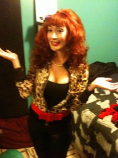 peg bundy hilarious .... Idk but for some reason I feel like my cousin Adrianne could pull this off well