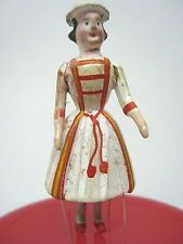 MINIATURE ANTIQUE VICTORIAN PEG DOLL CARVED WOOD SPANISH LADY