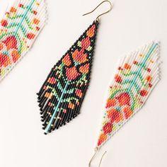 Seed Bead Jewelry, Seed Bead Earrings, Beaded Jewelry, Jewellery, Beaded Earrings Patterns, Beading Patterns, Brick Stitch Earrings, Diy Jewelry Inspiration, Earring Tutorial