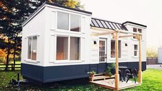 Amazing Luxurious CATALINA Tiny House by Handcrafted Movement - YouTube