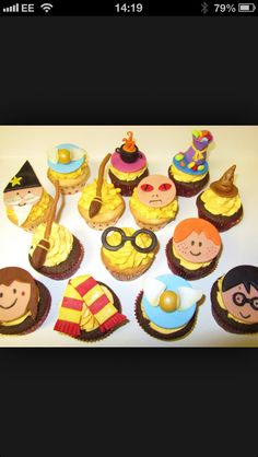 Too cute Harry Potter cupcakes! Harry Potter Cupcakes, Cute Harry Potter, Cupcake Recipes, Cupcake Cakes, Cup Cakes, Cake Pans, Cake Designs, Whimsical, Sweet Treats