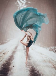 winter ballet swoosh in forest road! by Светлана Беляева 2014-02-11 via 500px 61358479