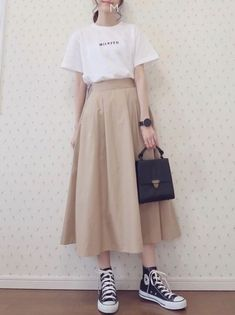 Ideas Skirt Outfits Korean Fashion Sets - -You can find Korean outfits and more on our Ideas Skirt Outfits Korean Fashion Sets - - Korean Girl Fashion, Korean Fashion Trends, Ulzzang Fashion, Korean Street Fashion, Korea Fashion, Asian Fashion, Look Fashion, Skirt Fashion, Korean Fashion Casual