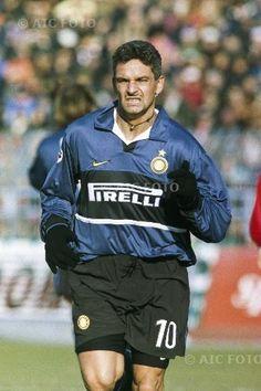 Football Shirts, Football Players, Roberto Baggio, Fifa World Cup, Ale, Milan, Champion, Joker, Posters