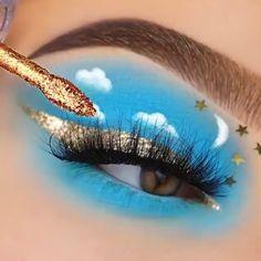 """4,944 curtidas, 12 comentários - Girls Beauty Tutorials (@girls.beauty.tutorials) no Instagram: """"Blue skies💙🐝 Follow us👉 (@girls.beauty.tutorials ) For More👉 (@girls.beauty.tutorials )  _ By🎥…"""" Creative Eye Makeup, Eye Makeup Art, Blue Makeup, Simple Makeup, Makeup Inspo, Eyeshadow Makeup, Makeup Inspiration, Makeup Hacks, Eyeshadows"""