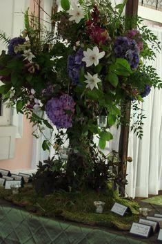 enchanted forest wedding | ... www.candisfloralcreations.com/blog/?tag=enchanted-forest-wedding-theme