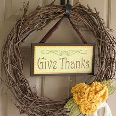 Free Printable Thanksgiving Wreath Sign {Printable Crafts}