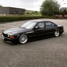 @Zblex67   #BMW 750i Forged #Rotiform LHR.