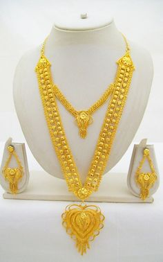 Gold Plated Indian Rani Haar Necklace Long Filigree Layered Traditional Design Women Jewelry Set Gorgeous Gold Plated Rani Haar Necklace, comes wit Gold Jewellery Design, Gold Jewelry, Gold Necklaces, Women's Jewelry Sets, Women Jewelry, Gold Fashion, Fashion Jewelry, Necklace Designs, Bridal Jewelry