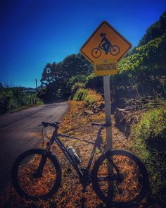 Maratonistas#Strava #Pedal #Love #bike #beautiful #nature #mtb #brutimais #photo #mtblife #shimano #serragaucha #calor #bikelife #sprint #ciclismo #trilha #mato #saude #happy #bruto #relive #crazy #pedallivrefotos #mountainbike #peace #beautifulday #extreme #doleitorpio #biker