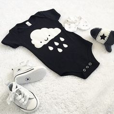 Love this waiting for baby picture! Have you entered our Pinterest giveaway yet? Check out our feed for details! Thanks for sharing @rebeccajaydex