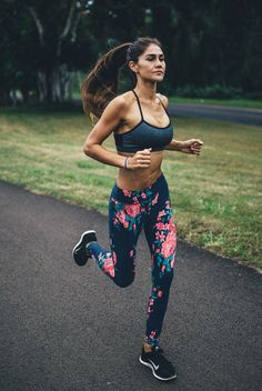 Long, lean, and luxuriously smooth, these premium floral compression pants stand up to any workout and take you all over town in style. The wide waistband provides a contoured and comfortable fit and