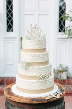 rustic burlap white wedding cake
