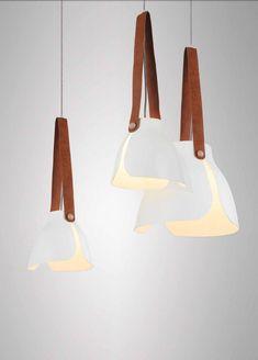 MANTRA | SWISS | dizajnová lampa s koženým popruhom Mantra, Light Table, Industrial Design, Glow, Ceiling Lights, Ceramics, Interior Design, Lighting, Pendant Lamps