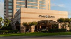 Omni San Antonio Hotel At The Colonnade San Antonio This luxury hotel is located within a 15-minute drive of San Antonio and Riverwalk. This hotel features in-room massage services and an airport shuttle.  The Omni San Antonio Hotel at the Colonnade rooms includes a minibar and coffee maker.