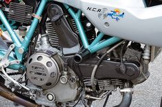 Racing Cafè: Ducati Paul Smart 1000 by Ducati Kobe